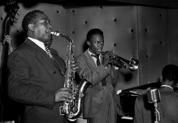 William Gottlieb - Charlie Parker and Miles Davis, 1947