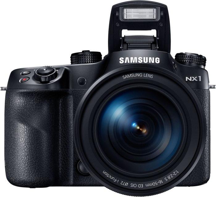 La Samsung NX1 tiene la peculiaridad de permitir la grabación con el códec H.265 -extremadamente eficiente- aunque aún estupor ver si responde de verdad a las expectativas en términos de calidad de imagen
