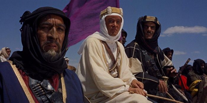 """""""Lawrence de Arabia"""" (David Lean, 1962) rodada en Super Panavision 70 puede ser la película épica e intimista más redonda jamás filmada. El mero hecho de imaginar como luciría esta maravilla si se filmara ahora en Súper 35mm -con el desierto y la mitad de los extras generados en CGI- bastaría para ponerme de mala hostia durante una década."""