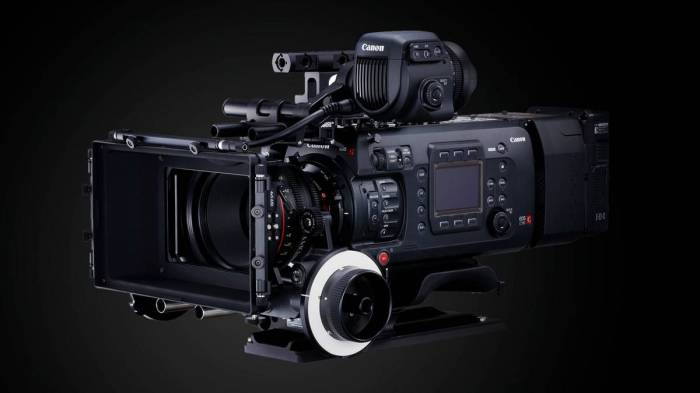 01-eos-c700-ff-hero-slant-product-feature